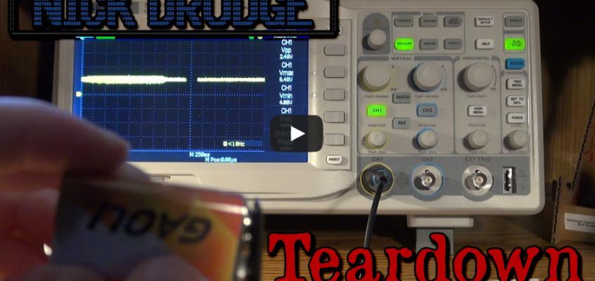 Pile 9V Battery on Oscilloscope with Mini Teardown